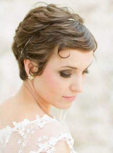 Texturisation coiffure de mariage courte