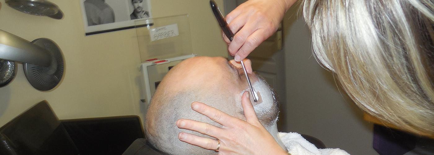 Rasage à l'ancienne barbier coulonges