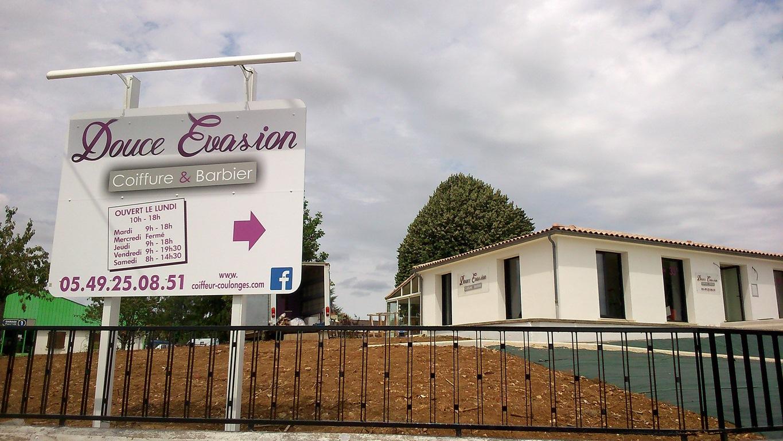 En août 2017, ouverture de votre nouveau salon au 21 route de Niort